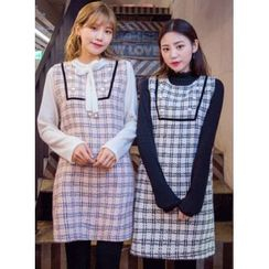 icecream12 - Sleeveless Tweed Shift Mini Dress