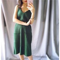 ALIN STYLE - 纯色针织背心裙