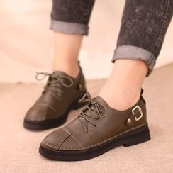 IYATO - Lace-Up Buckled Oxford Flats