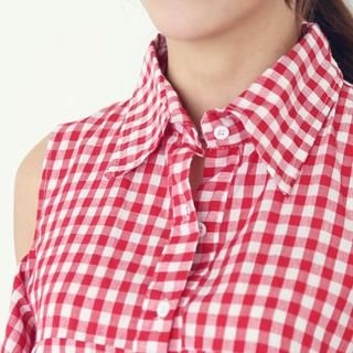 WHITE FOX - Gingham Cut-Out Shoulder Blouse