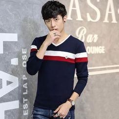 Fusuma - Long-Sleeve V-Neck T-Shirt