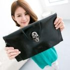 CatWorld - Skull-Accent Shoulder Bag