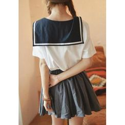 GOROKE - Sailor-Collar Short-Sleeve Top