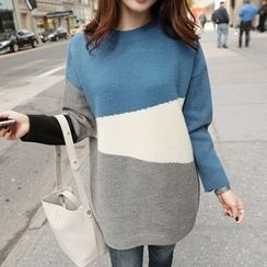 CLICK - Wool Blend Color-Block Knit Top