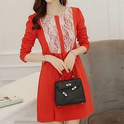 Q.C.T - Long-Sleeve Lace Panel Dress