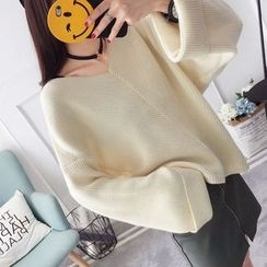 Qimi - V-Neck Wide-Sleeve Sweater