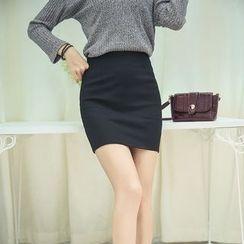 潞依韓 - 純色針織裙