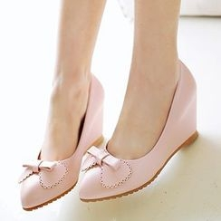 Sidewalk - Bow Wedge Pumps