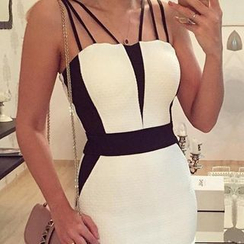 LIVA GIRL - Strappy Color Block Sheath Dress