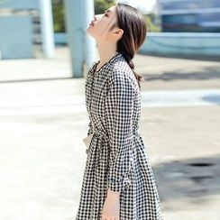 Forest Girl - Long-Sleeve Gingham A-line Dress