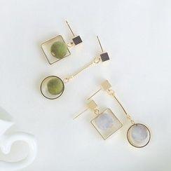 EPOQ - Cube Non Matching Drop Earrings