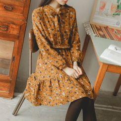 JUSTONE - Tie-Neck Gathered-Waist Floral Pattern Dress