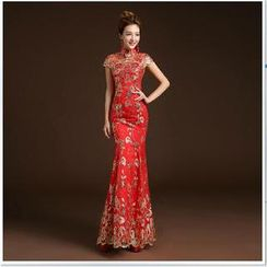 Posh Bride - Cap-Sleeve Sequined Embroidered Mermaid Wedding Cheongsam