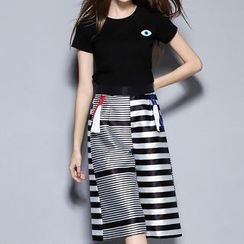 Merald - Set: Short Sleeve T-Shirt + Striped Wide Leg Capri Pants