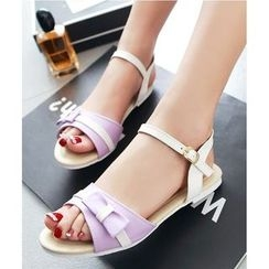 Freesia - Bow Accent Sandals