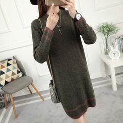 anzoveve - Stripe Trim Knit Dress