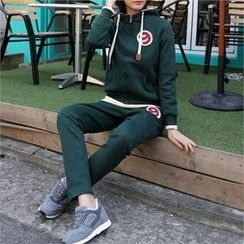CHICFOX - Set: Number-Patch Brushed-Fleece Lined Hoodie + Sweat Pants