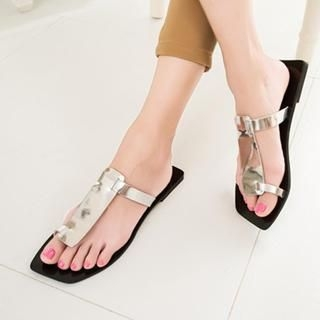 QQ Trend - Metallic Toe Loop Thong Sandals