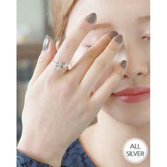 Miss21 Korea - Rhinestone Flower Open Silver Ring