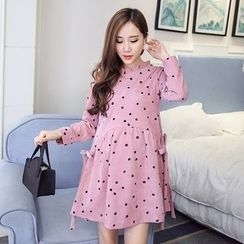 Cookadoo - Maternity Long-Sleeve Dotted Corduroy A-line Dress