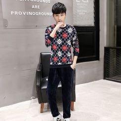 Kashen - Set: Printed Fleece Lined Pullover + Sweatpants