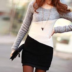 Dream Girl - Color-Block Knit Dress