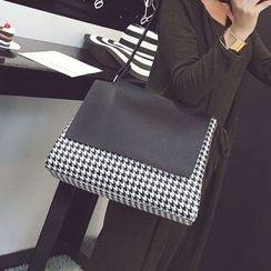 Nautilus Bags - Houndstooth Shoulder Bag