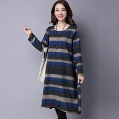 Supernova - Striped Long-Sleeve Midi Dress