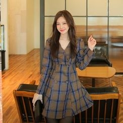 Cherryville - V-Neck Plaid Minidress