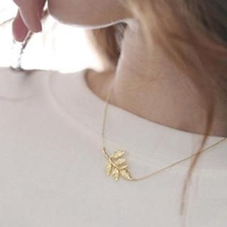 Cuteberry - Branch Necklace
