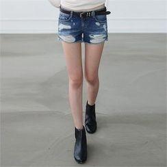 CHICFOX - Distressed Denim Shorts