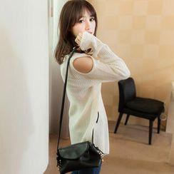 Tokyo Fashion - Cutaway-Shoulder Asymmetric-Hem Sweater