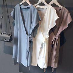 芷蓯夕 - 純色荷葉邊短袖連衣裙