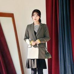 Seoul Fashion - Notch-Lapel Double-Breasted Blazer