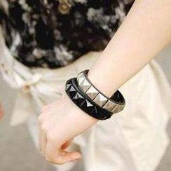 Seoul Young - Studded Bracelet