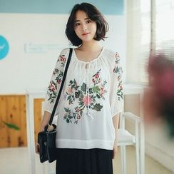11.STREET - 3/4-Sleeve Flower Embroidered Blouse