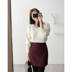 UPTOWNHOLIC - Wool Blend Pencil Skirt