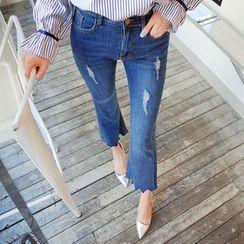 Cherryville - Cutout-Hem Boot-Cut Jeans