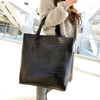 19th Street - Croc-Grain Tote with Inner Bag