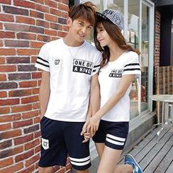 Lovebirds - Short-Sleeve Printed Couple T-Shirt