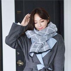 Styleberry - Check Knit Scarf