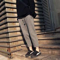 DOUX - Fleece-Lined Drawstring Cropped Pants