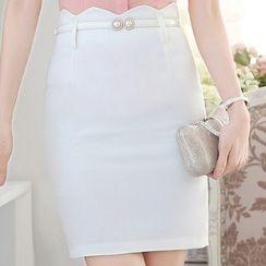 illusione - Pencil-Cut Skirt
