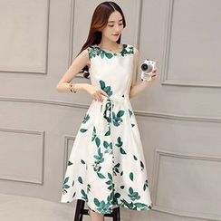 Romantica - Sleeveless Floral Dress