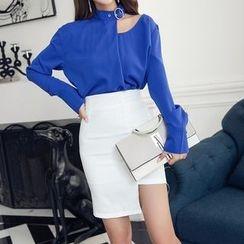 Aurora - Set: Cutout-Shoulder Top + Pencil Skirt