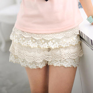 1 x Fashion Lace Shorts Pants. Material: Lace. Color: White / Black. Quality is the first with best service. Size: S(UK 6 8), M (UK 8 10), L (UK 10 12). What You Get.