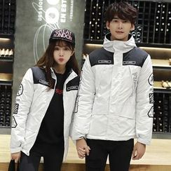 CASSY - Couple Matching Hooded Zip Jacket