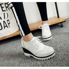 錦洋鞋業 - 厚底布洛克牛律鞋