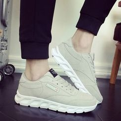 Araeo - 纯色休閒鞋