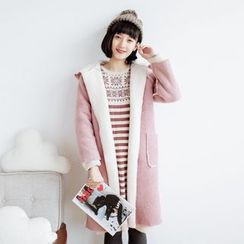 Forest Girl - Shearling-Lined Hooded Coat